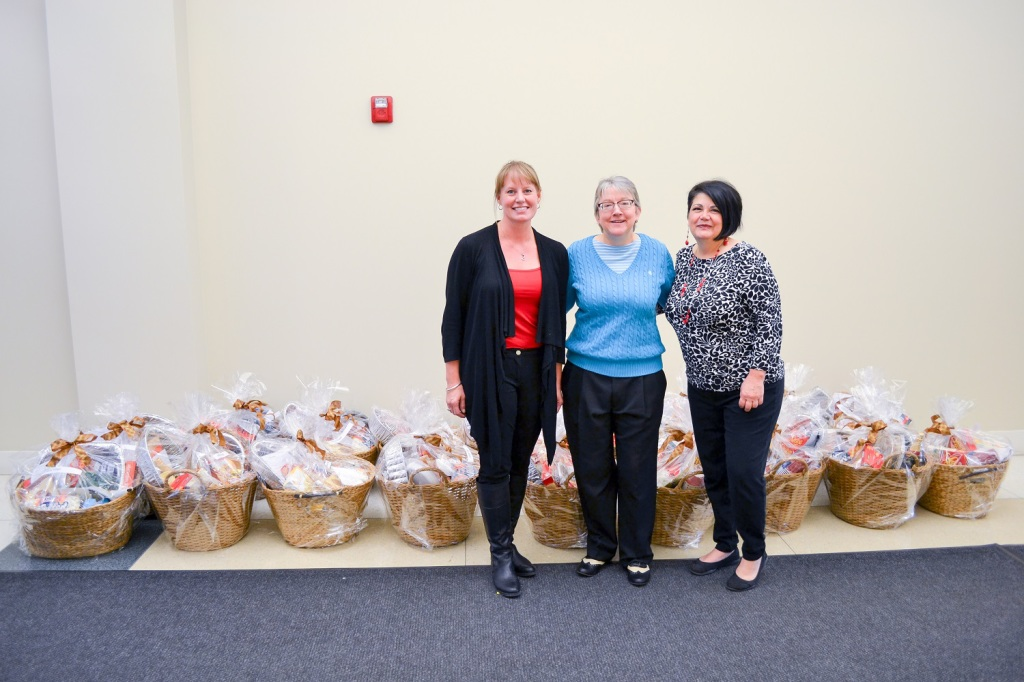 Thanks to FT Cares Foundation, the charitable arm of First Trust Portfolios, for donating Thanksgiving baskets to Jubilee Village! Pictured left to right: Lisa M. Weier, Director of Development, FT Cares Foundation; Jane Doyle, President, FT Cares Foundation; Michelle de Muir, Jubilee Village Program Director.
