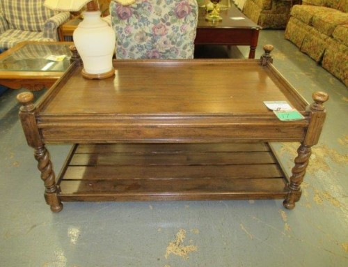 Item #17I – Larger Size Coffee Table – $35