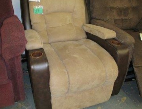 Item #39M – Powered Recliner – $265