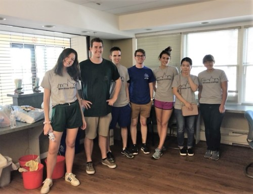 Wheaton College Students Serve Jubilee Village